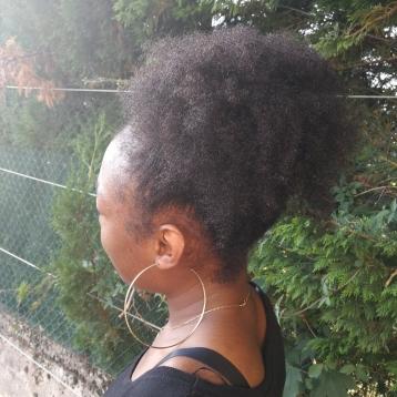 Joan-Lise, Camérounaise