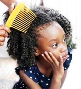 afrolife-conseils-pour-coiffage-lavage-facile-cheveux-crepus-afros-frises-enfant-kids-afrolifedechacha4